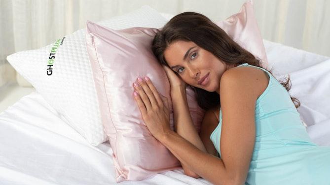 GhostBed: Silk Pillowcase
